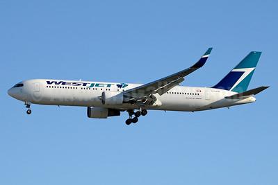 WestJet Airlines Boeing 767-338 ER WL C-FWAD (msn 25363) YYZ (Jay Selman). Image: 403430.
