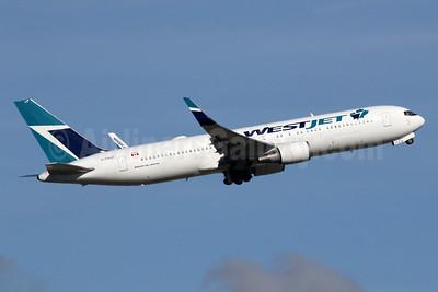 WestJet Airlines Boeing 767-338 ER WL C-FOGT (msn 25246) LGW (SPA). Image: 935199.