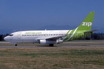 Zip Air (4321zip.com) (Air Canada) Boeing 737-217 C-GCPQ (msn 22256) YVR (Rob Rindt). Image: 925516.