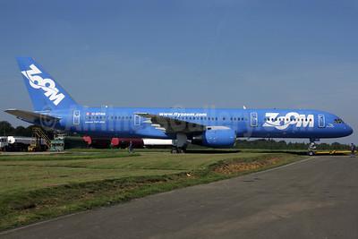 Zoom Airlines (Canada) Boeing 757-28A C-GTSN (msn 24543) QLA (Antony J. Best). Image: 902252.