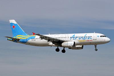 Aruba Airlines Airbus A320-232 P4-AAA (msn 582) MIA (Brian McDonough). Image: 931890.