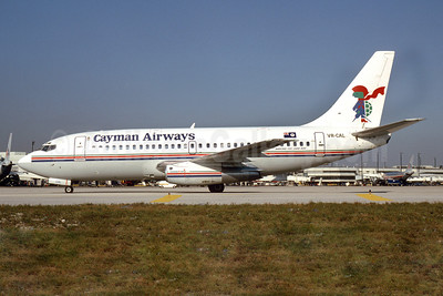 Cayman Airways Boeing 737-205 VP-CAL (msn 22022) MIA (Bruce Drum). Image: 102646.