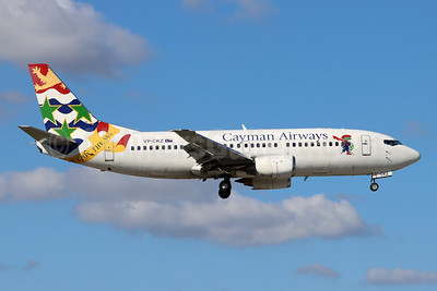 Cayman Airways Boeing 737-36E VP-CKZ (msn 27626) MIA (Bruce Drum). Image: 105224.