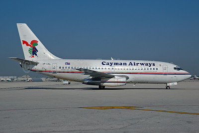 Cayman Airways Boeing 737-205 VP-CAL (msn 22022) MIA (Bruce Drum). Image: 100523.