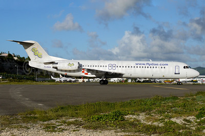 DAE-Dutch Antilles Express Fokker F.28 Mk. 0100 (Fokker 100) PJ-DAA (msn 11310) SXM (Greg Drawbaugh). Image: 904542.