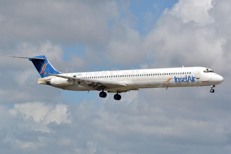 InselAir McDonnell Douglas DC-9-83 (MD-83) PJ-MDF (msn 53014) MIA (Jay Selman). Image: 402754.