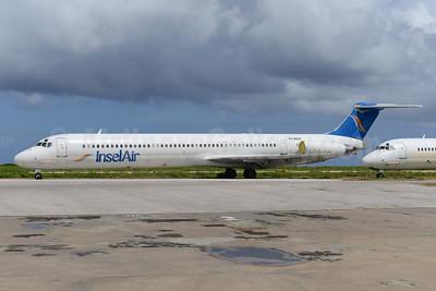 InselAir McDonnell Douglas DC-9-82 (MD-82) PJ-MDE (msn 49971) CUR (Ton Jochems). Image: 943621.