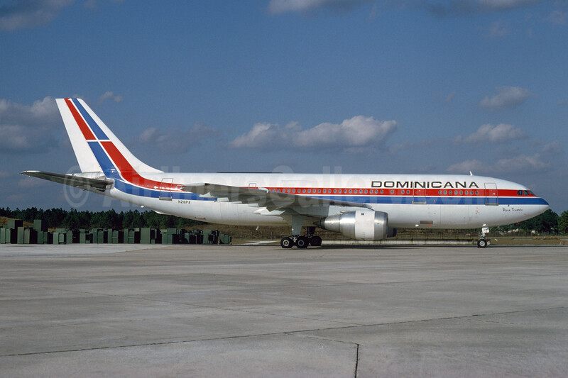 Dominicana Airbus A300B4-203 N216PA (msn 204) MCO (Brian G. Gore - Bruce Drum Collection). Image: 924155.