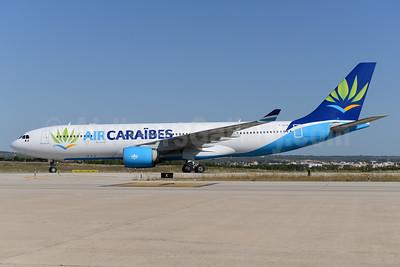 Air Caraibes (2nd) Airbus A330-223 F-HHUB (msn 343) PMI (Ton Jochems). Image: 938276.