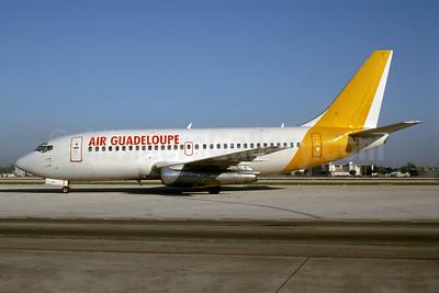 Air Guadeloupe (Islandsflug) Boeing 737-2M8 TF-ELM (msn 21736) MIA (Bruce Drum). Image: 103588.