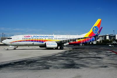 Air Jamaica-Caribbean Airlines Boeing 737-8Q8 WL 9Y-JMA (msn 30645) FLL (Wade DeNero). Image: 905928.