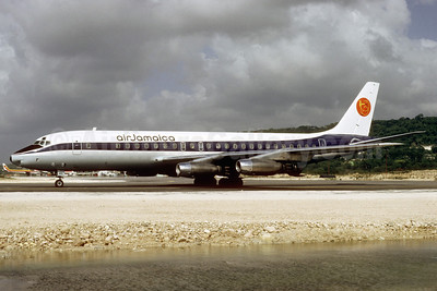 Air Jamaica (ONA) Douglas DC-8-21 N819F (msn 45437) (ONA colors) MBJ (Jacques Guillem Collection). Image: 920897.