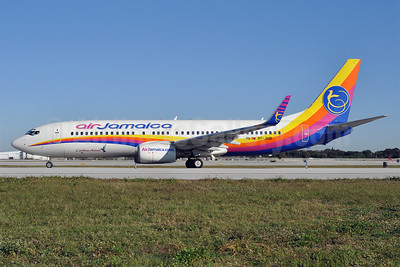 Air Jamaica-Caribbean Airlines Boeing 737-8Q8 WL 9Y-JMB (msn 30661) FLL (Tony Storck). Image: 907759.
