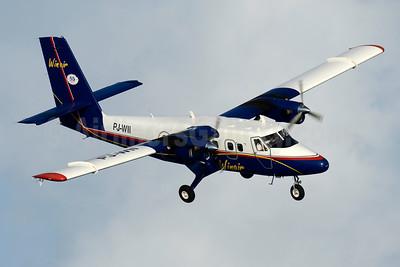 Winair (Windward Islands Airways) de Havilland Canada DHC-6-300 Twin Otter PJ-WII (msn 682) SXM (Jay Selman). Image: 403504.