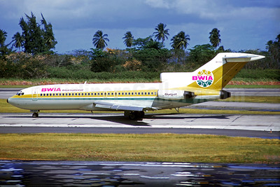 "Rare photo of a BWIA Boeing 727 ""Sunjet"""