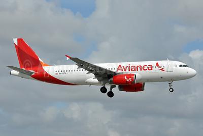 Avianca (Costa Rica) Airbus A320-233 N495TA (msn 3103) MIA (Tony Storck). Image: 926153.