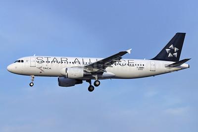 TACA International Airbus A320-214 F-WWBU (N689TA) (msn 5333) TLS (Eurospot). Image: 909450.