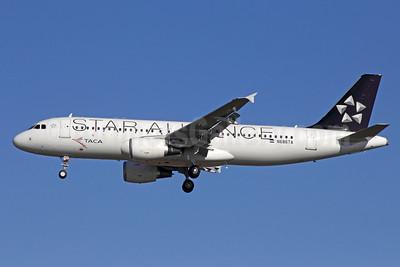 TACA International Airbus A320-214 N688TA (msn 5243) (Star Alliance) LAX (Michael B. Ing). Image: 912164.