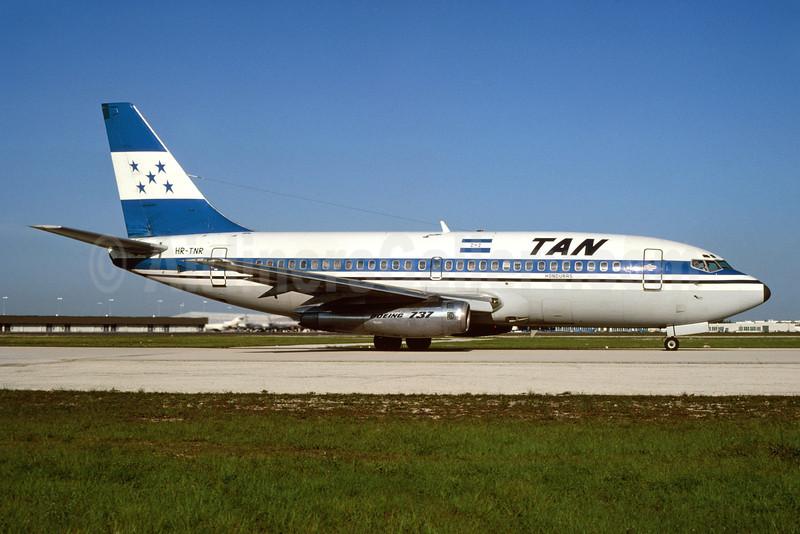 TAN Airlines (Transportes Aereos de Nacionales) (Honduras) Boeing 737-2A3 HR-TNR (msn 20299) MIA (Bruce Drum). Image: 103459.