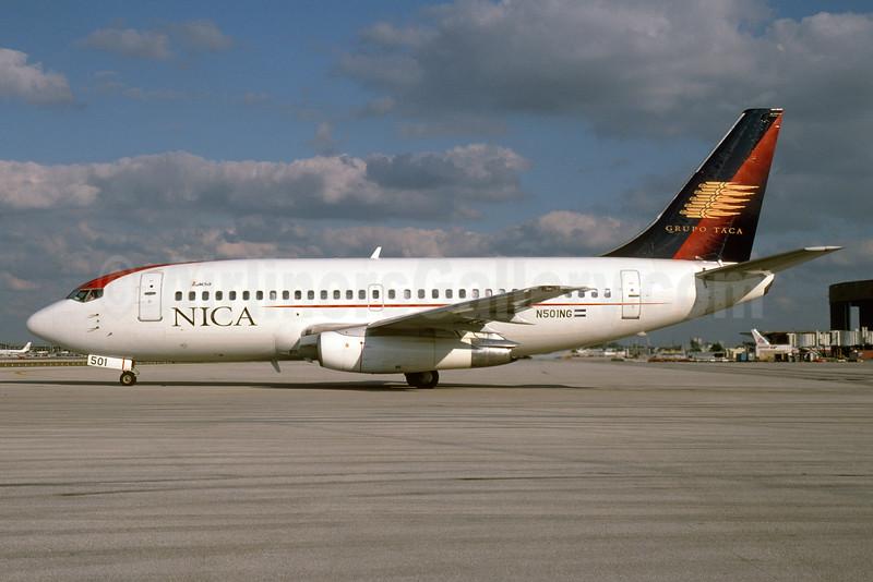 NICA Nicaragua - LACSA Boeing 737-2T5 N501NG (msn 22395) (Grupo TACA colors) MIA (Bruce Drum). Image: 104254.