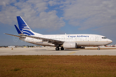 Copa Airlines Boeing 737-7V3 WL HP-1377CMP (msn 30462) MIA (Bruce Drum). Image: 101811.