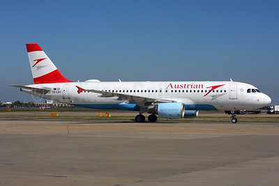 Austrian Airlines Airbus A320-214 OE-LBV (msn 1385) LHR. Image: 939058.