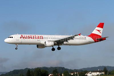 Austrian Airlines Airbus A321-211 OE-LBE (msn 935) ZRH (Andi Hiltl). Image: 947340.