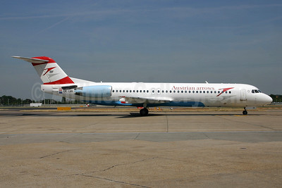 Austrian Arrows-Tyrolean Airways Fokker F.28 Mk. 0100 OE-LVA (msn 11490) LHR (SPA). Image: 952204.