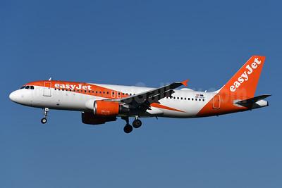 easyJet (Europe) Airbus A320-214 OE-IZU (msn 4013) ZRH (Rolf Wallner). Image: 942514.