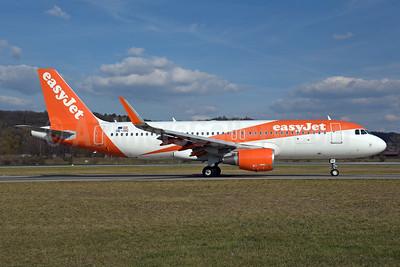 easyJet (Europe) Airbus A320-214 WL OE-IVC (msn 7372) ZRH (Rolf Wallner). Image: 941382.