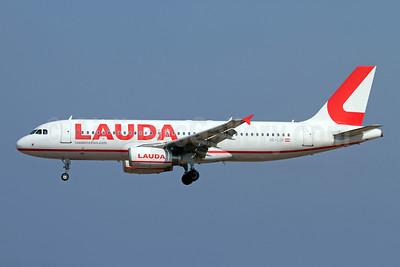Lauda - laudamotion.com Airbus A320-232 OE-LOP (msn 1566) RHO (Andi Hiltl). Image: 947611.