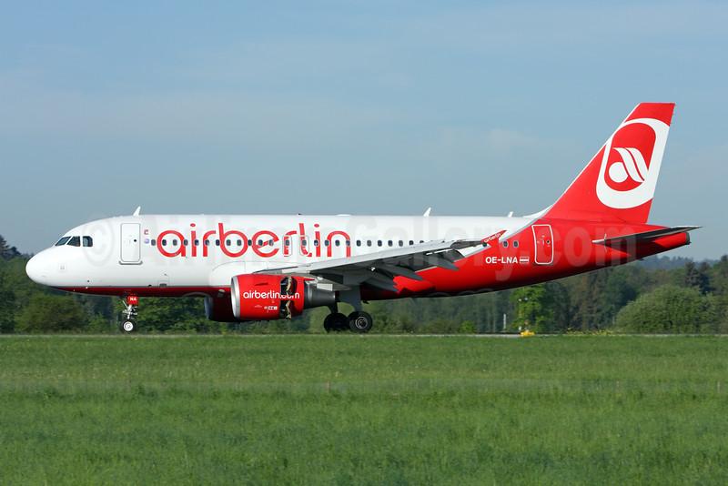 Airberlin (airberlin.com) (Niki) Airbus A319-112 OE-LNA (msn 3661) ZRH (Andi Hiltl). Image: 927523.