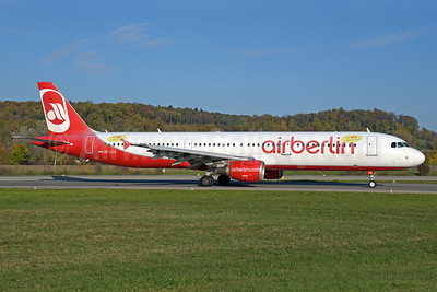 "Airberlin (airberlin.com) (Niki) Airbus A321-211 OE-LCS (msn 1994) (""Mit NIKI in den Urlaub!"" - ""Going on vacation with NIKI"") ZRH (Rolf Wallner). Image: 939765."