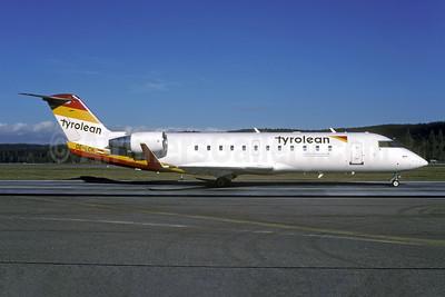 Tyrolean Airways Bombardier CRJ200 (CL-600-2B19) OE-LCK (msn 7148) ZRH (Rolf Wallner). Image: 954005.