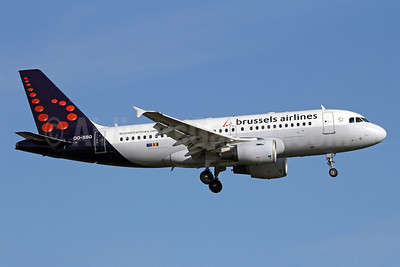 Brussels Airlines Airbus A319-112 OO-SSG (msn 1160) LHR (Michael B. Ing). Image: 909501.