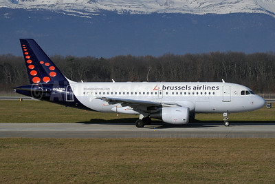Brussels Airlines Airbus A319-112 OO-SSN (msn 1963) GVA (Paul Denton). Image: 912290.