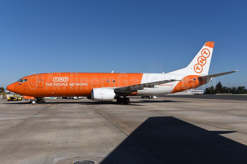 TNT Airways - The People Network (Austria) Boeing 737-4Q8 (F) OE-IAG (msn 25168) LIS (Ton Jochems). Image: