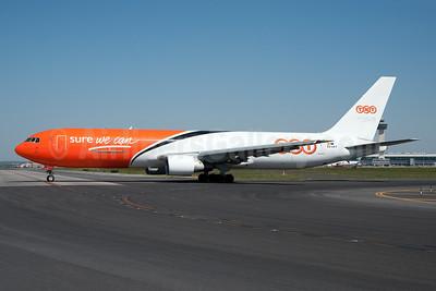 TNT (Gestair Cargo) Boeing 767-383 ER (F) EC-LKV (msn 24729) JFK (Fred Freketic). Image: 950427.