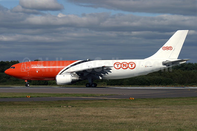 TNT Airways (TNT Global Express) Airbus A300B4-103 (F) EC-HQT (msn 124) BOH (Antony J. Best). Image: 906815.