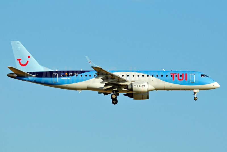 Airline Color Scheme - Introduced 2015 (TUI 2012 livery)