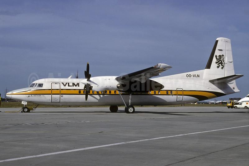 VLM Airlines Fokker F.27 Mk. 050 OO-VLN (msn 20145) (Busy Bee colors) (Richard Vandervord). Image: 924995.