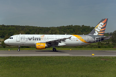VLM Airlines Airbus A320-212 OO-TCT (msn 1402) (partial Thomas Cook colors) ZRH (Rolf Wallner). Image: 941728.