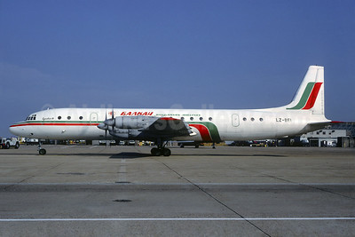 Balkan Bulgarian Airlines Ilyushin Il-18 LZ-BEI (msn 1810028056) LGW (Christian Volpati Collection). Image: 937344.