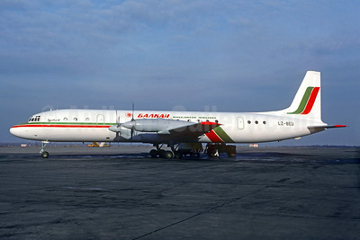 Balkan Bulgarian Airlines Ilyushin Il-18V LZ-BEU (msn 183005905) PRG (Christian Volpati Collection). Image: 937345.