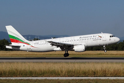 Bulgaria Air Airbus A320-214 LZ-FBC (msn 2540) BSL (Paul Bannwarth). Image: 934503.