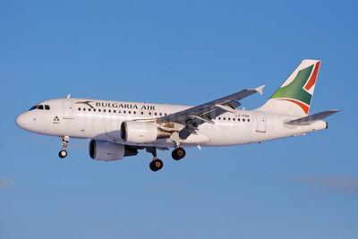Bulgaria Air Airbus A319-112 LZ-FBA (msn 3564) BRU (Karl Cornil). Image: 907755.