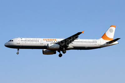Holiday Europe Airbus A321-231 LZ-HEA (msn 811) PMI (Javier Rodriguez). Image: 950794.