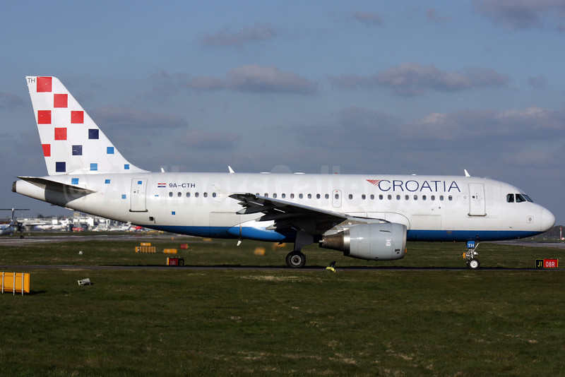 Croatia Airlines Airbus A319-112 9A-CTH (msn 833) LGW (Antony J. Best). Image: 902050.