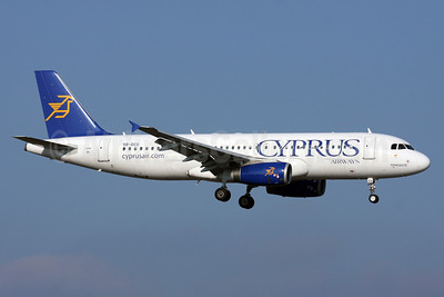 Cyprus Airways Airbus A320-232 5B-DCG (msn 4197) ZRH (Andi Hiltl). Image: 911372.