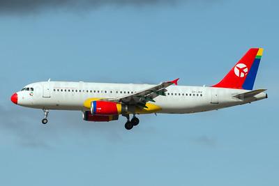 Danish Air Transport (DAT) Airbus A320-233 OY-JRZ (msn 2102) MAN (Rob Skinkis). Image: 941941.